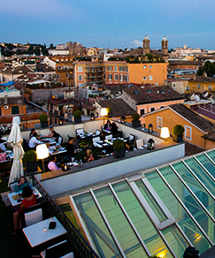 https://localike-roma.com/wp-content/uploads/2020/10/Rooftop-1.jpg