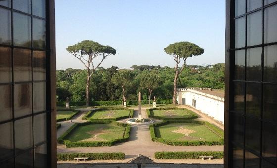 Villa Medici – Blick auf den Park