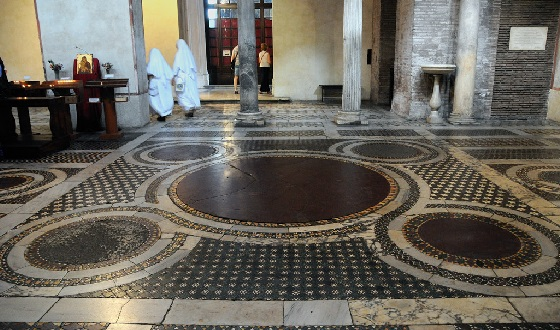 Fussboden der Kosmaten Santa Maria in Cosmedin