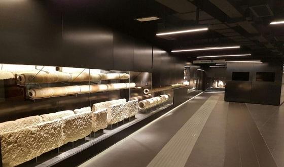 Metrostation S. Giovanni mit seinen Prunkstücken