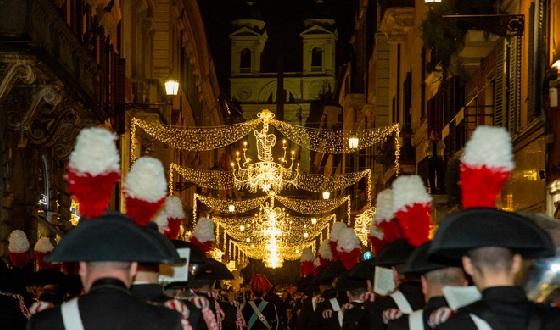 Einweihung der Weihnachtsbeleuchtung mit der Musikkapelle der Carabinieri