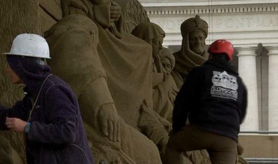 Sandkrippe vor dem Petersplatz – die Drei Heiligen Könige